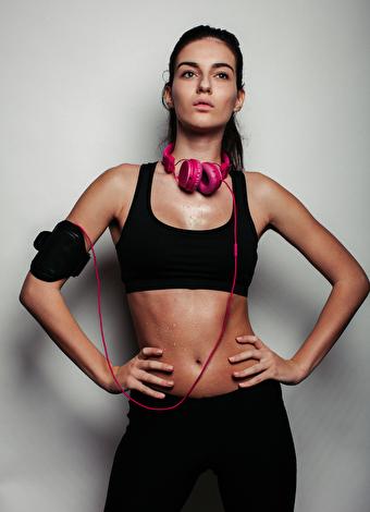 Boyun kaslarını ağrıtmayan 5 karın egzersizi