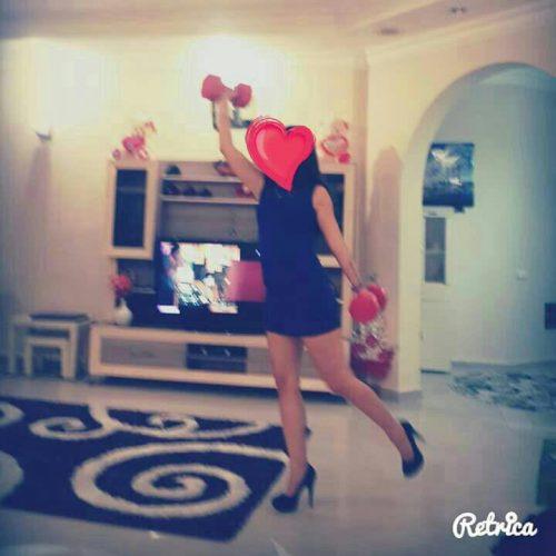 Kıvrak dansöz kız Melis