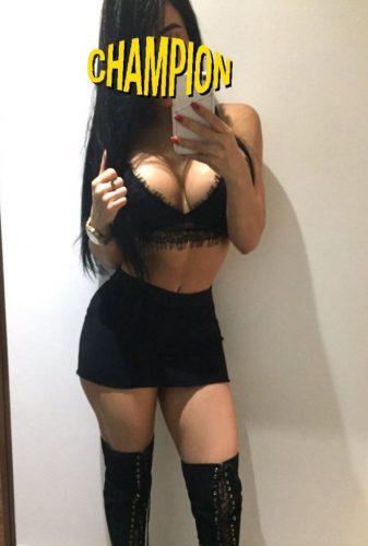 Seks kraliçası genç hanım Işin
